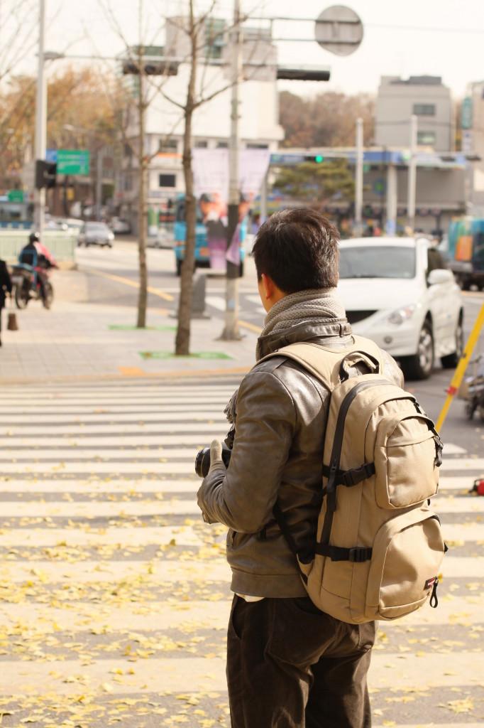 以前出門,試過用正常背包,不過經常錯失拍攝機會
